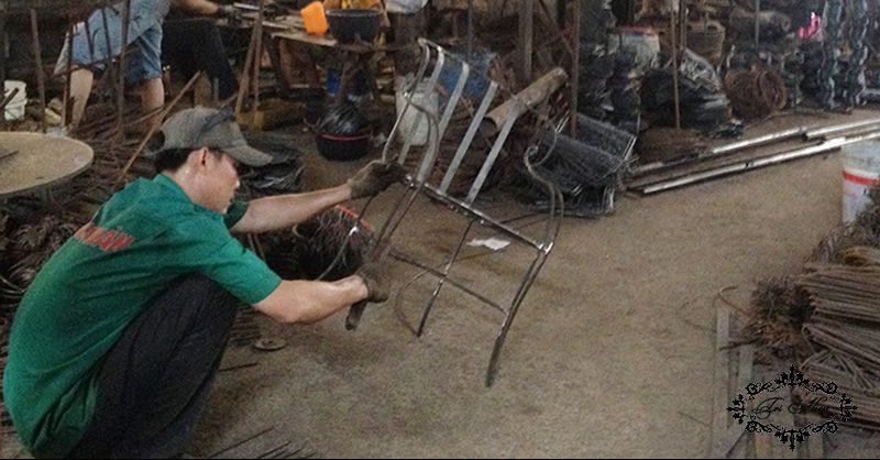 bàn ghế cà phê sắt nghệ thuật tại xưởng a