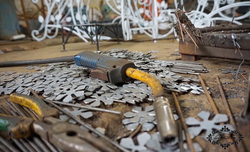 bàn ghế cà phê sắt nghệ thuật tại xưởng