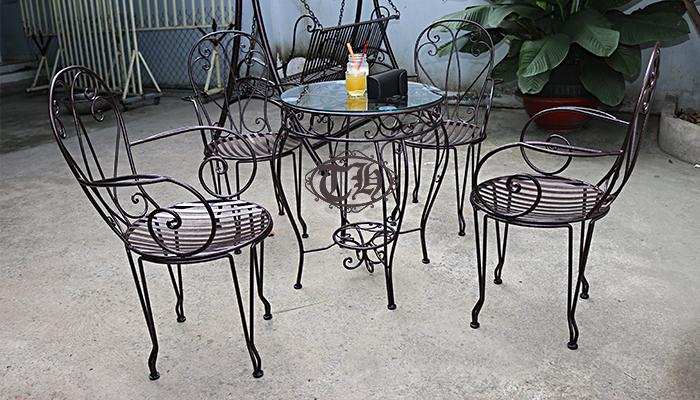 bàn ghế sắt cafe hcm