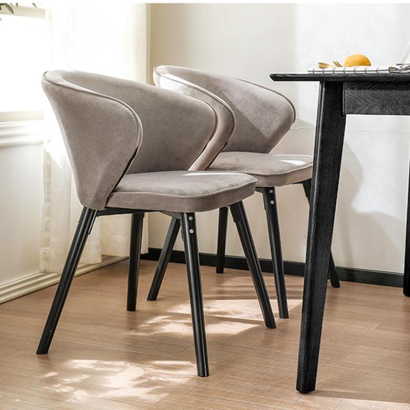 ghế bọc nệm chân sắt cho bàn ăn