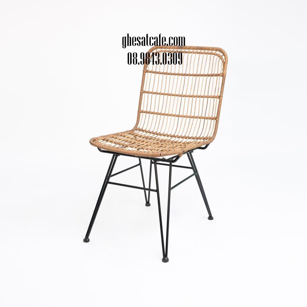 ghế sắt cafe lưng tựa đan nhựa giả mây