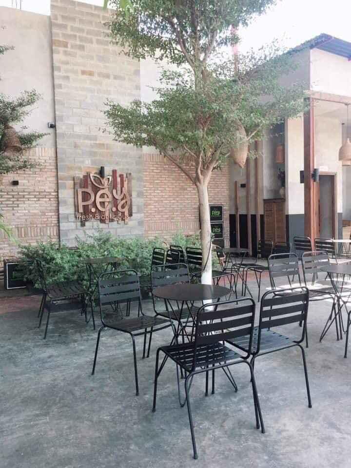 ghế sắt cafe sọc ngang