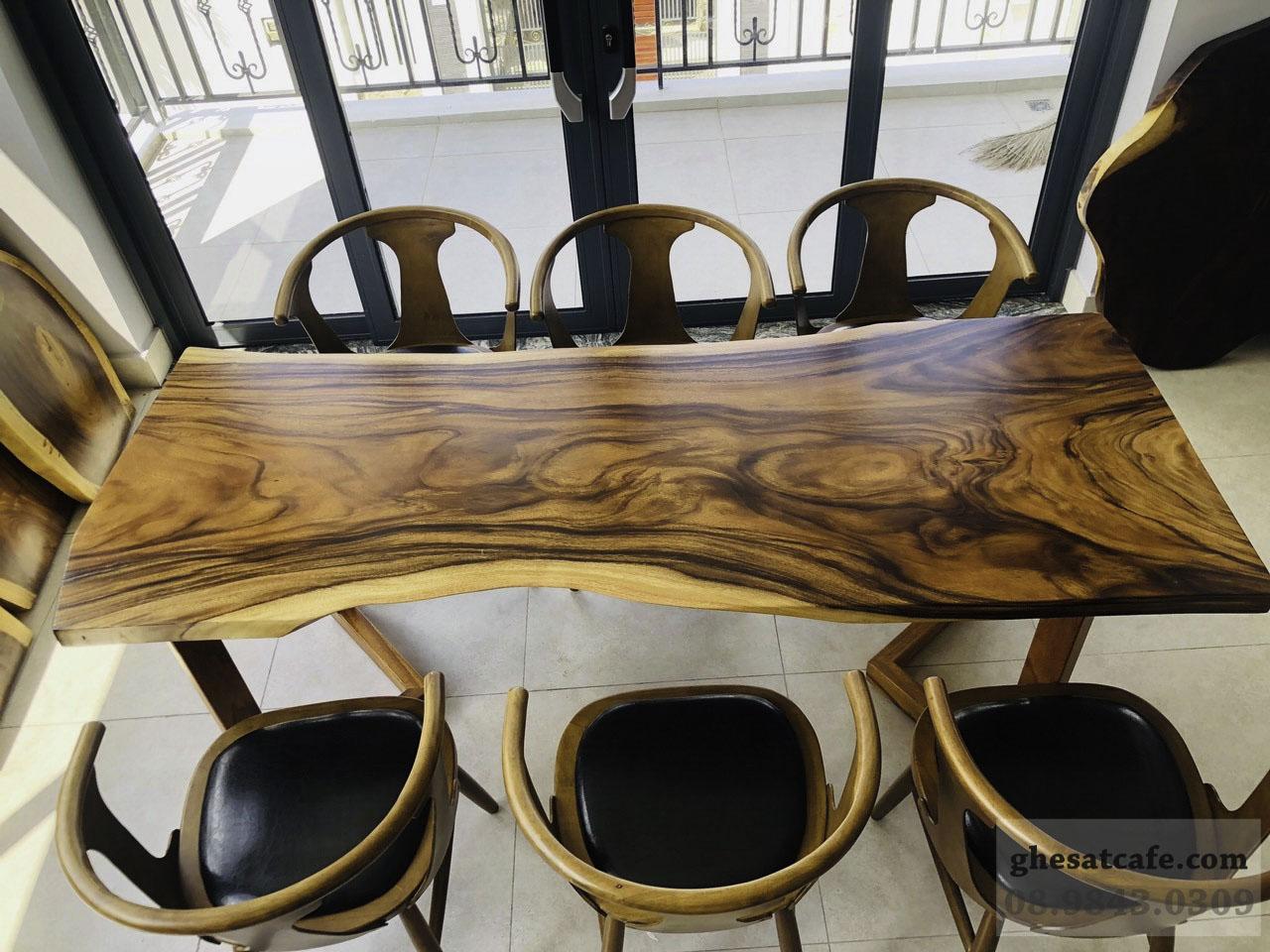 mẫu bàn gỗ nguyên tấm đẹp (2)