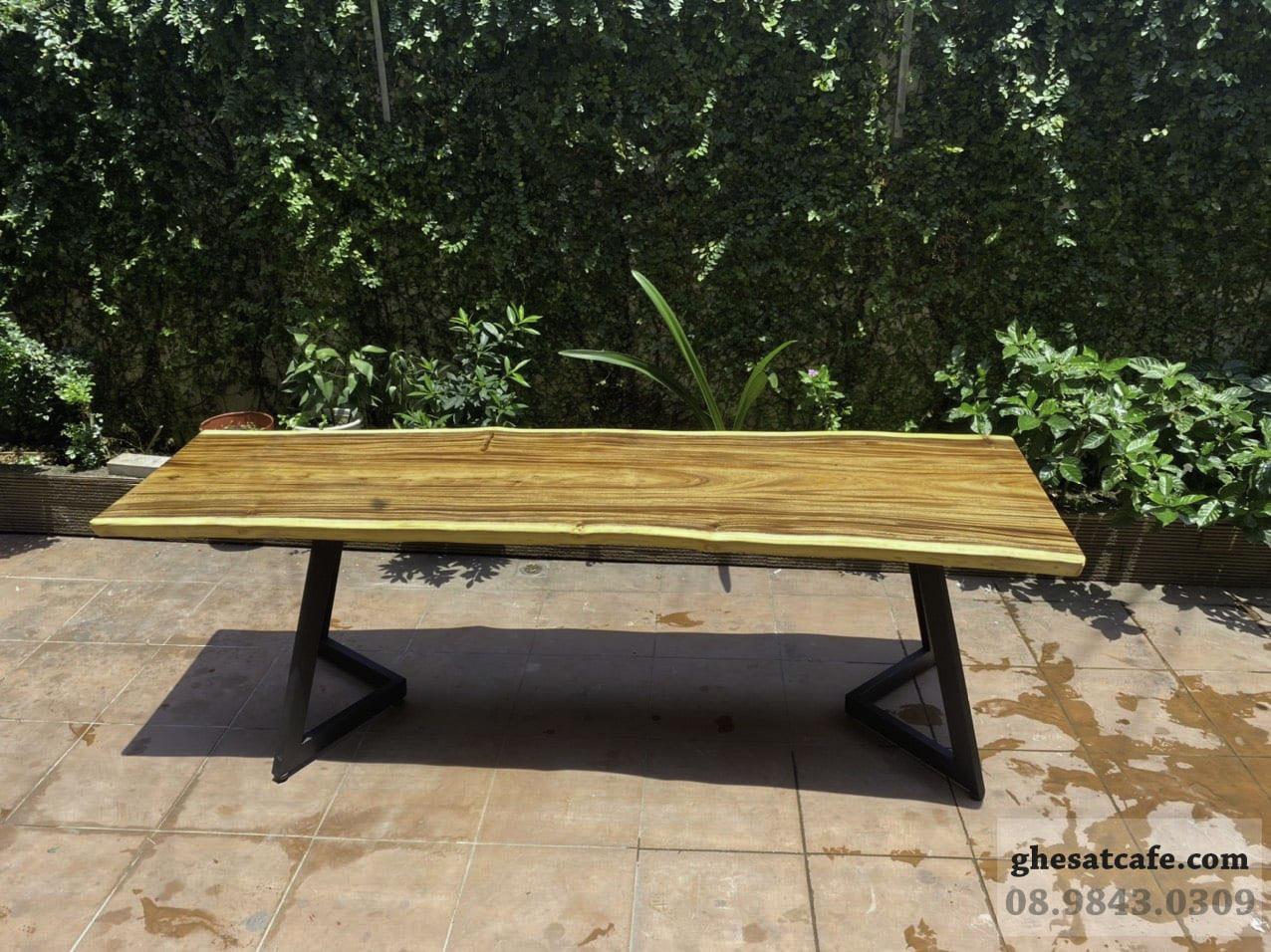 mẫu bàn gỗ nguyên tấm đẹp (5)