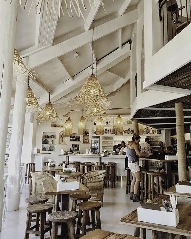 quán cafe coastal